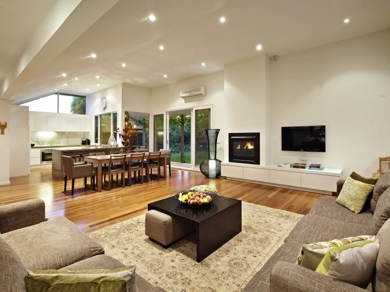 Living roomFireplace